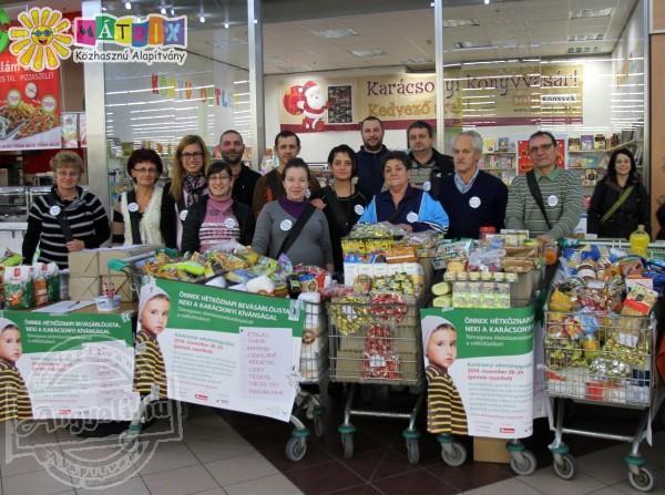 Fél tonnánál is több élelmiszert gyűjtött a Mátrix Alapítvány csapata rászorulók megsegítésére Szegeden