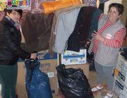 Hajléktalanszállóknak vitt ruhaadomány csomagokat a MÁTRIX Közhasznú Alapítvány