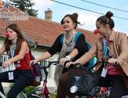 Kalocsán a sportnapot a Karitáció bohócdokik támogatták