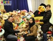 Fél tonna kupakot és nyolcezer plüssjátékot gyűjtött össze a kollégiumi csapat
