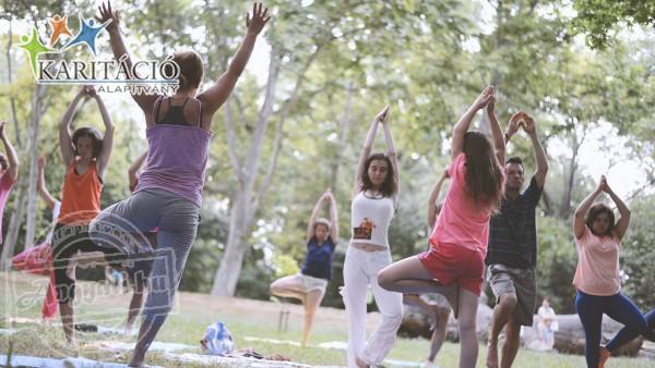 Dr. Péntek Éva egészségjavító jóga, Karitáció Alapítvány