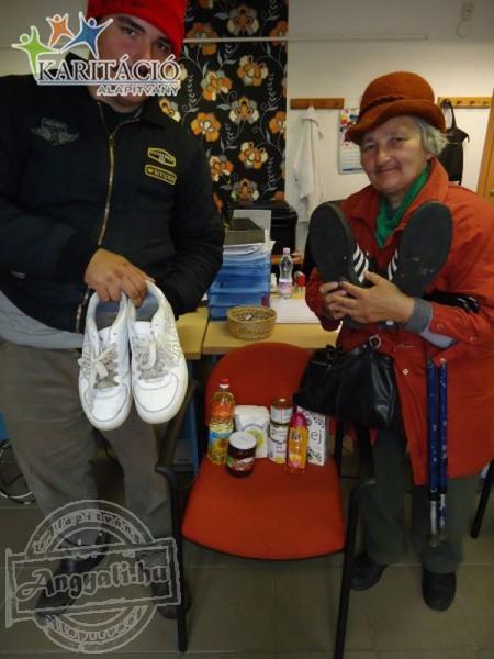 Élelmiszerrel és cipővel is segíti a rászorulókat a Karitáció Alapítvány!