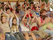 Ronald McDonald Gyermeksegély Alapítvány - Beteg gyermekek és családjaik támogatása