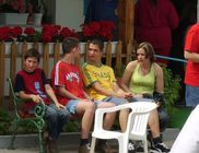 Család Nélkül Alapítvány - Gyermekvédelem és ifjúságvédelem